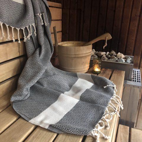 MadeAtHand Diamond Hammam Towel