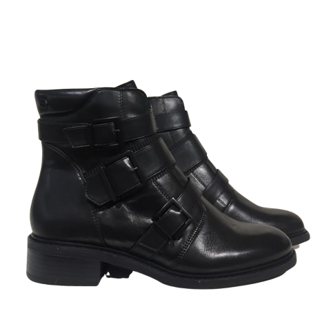 Tamaris Leather Buckled Boot